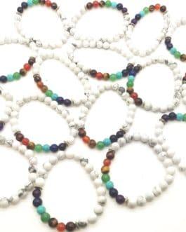 REF500 – BR. PIERRE perles 8mm – 7 CHAKRAS et HOWLITE BLANCHE